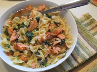 Farfalle with Salmon, Arugula, and Leeks