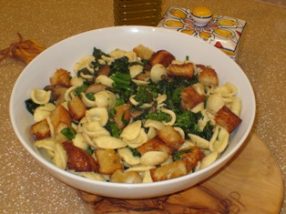 Orecchiette with Broccoli Rabe and Mushrooms