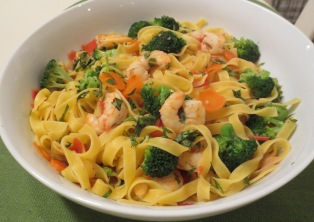 Pasta with Shrimp and Fresh Vegetables