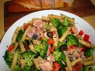 Penne with Broccoli and Tuna