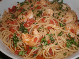 Spaghetti with Picchi-Pacchi and Shrimp