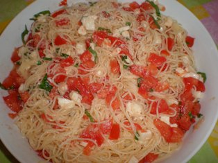 Tomato, Basil, and Fresh Mozzarella Pasta